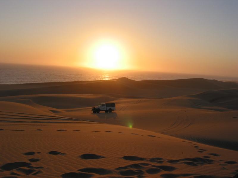 swakop-dunes-sunset