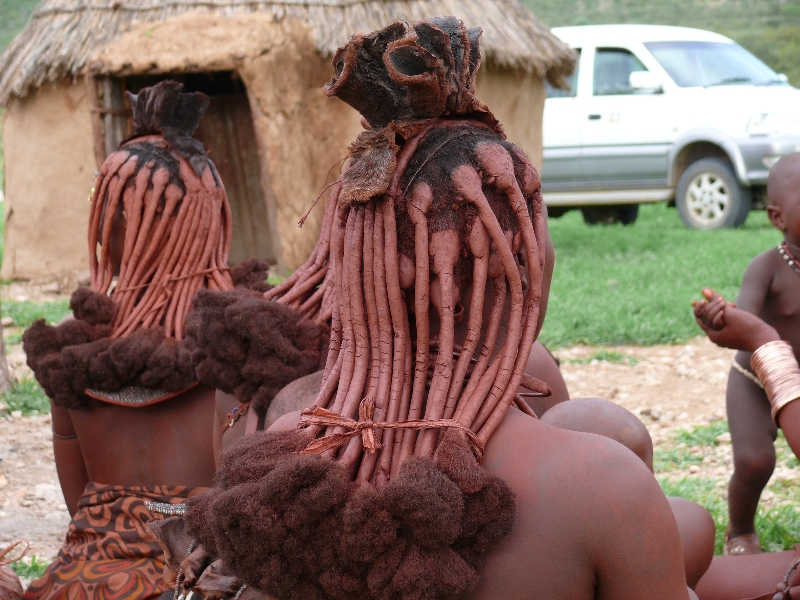 namibia-country-lodges-himba-hair-styles-pic-1