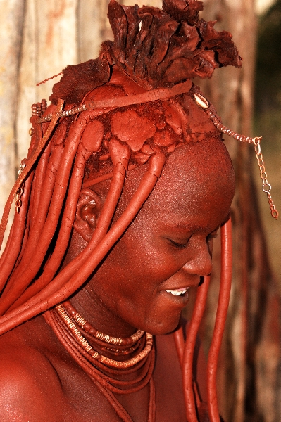 namibia-country-lodges-himba-married-woman-pic-2