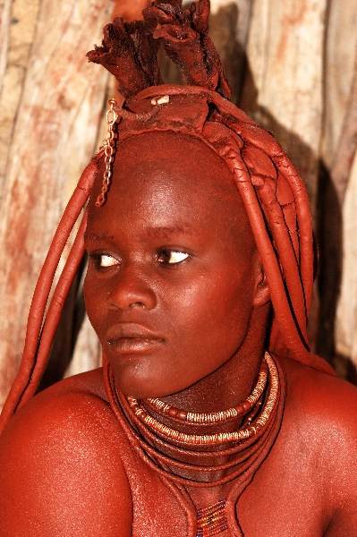namibia-country-lodges-himba-married-woman-pic-3