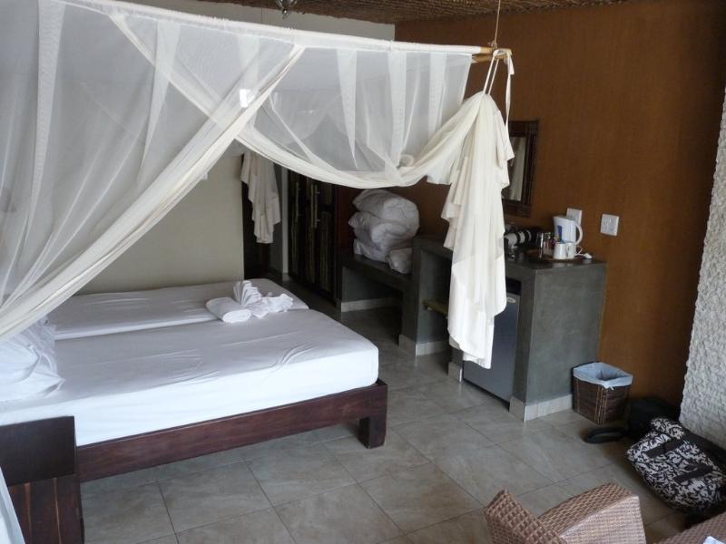 okaukuejo-resort-2